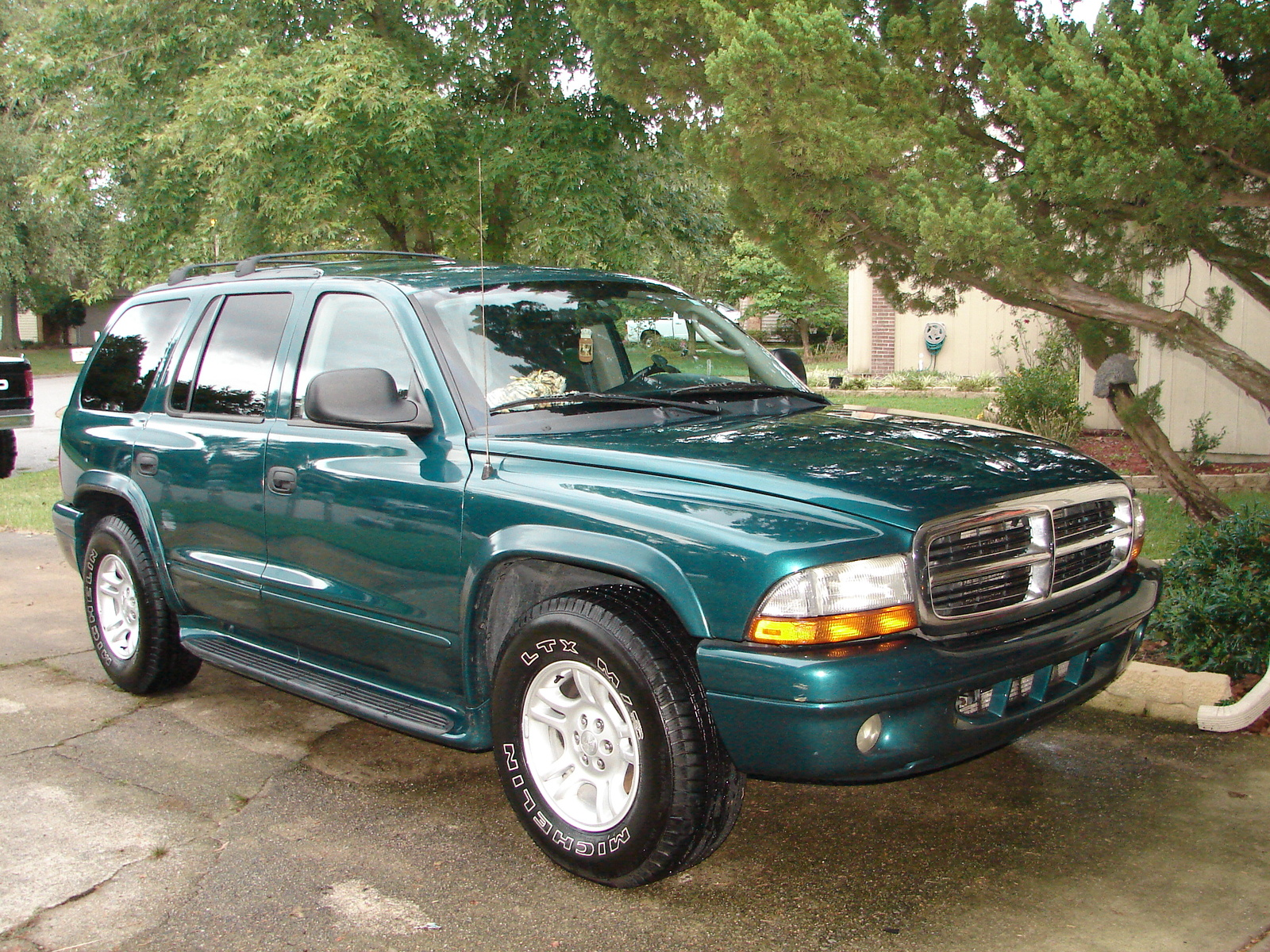 2003 Dodge Durango SLT picture