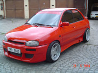 1999 Mazda 121 Overview