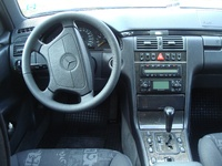 Picture of 1998 Mercedes-Benz E-Class E300DT Turbodiesel, interior