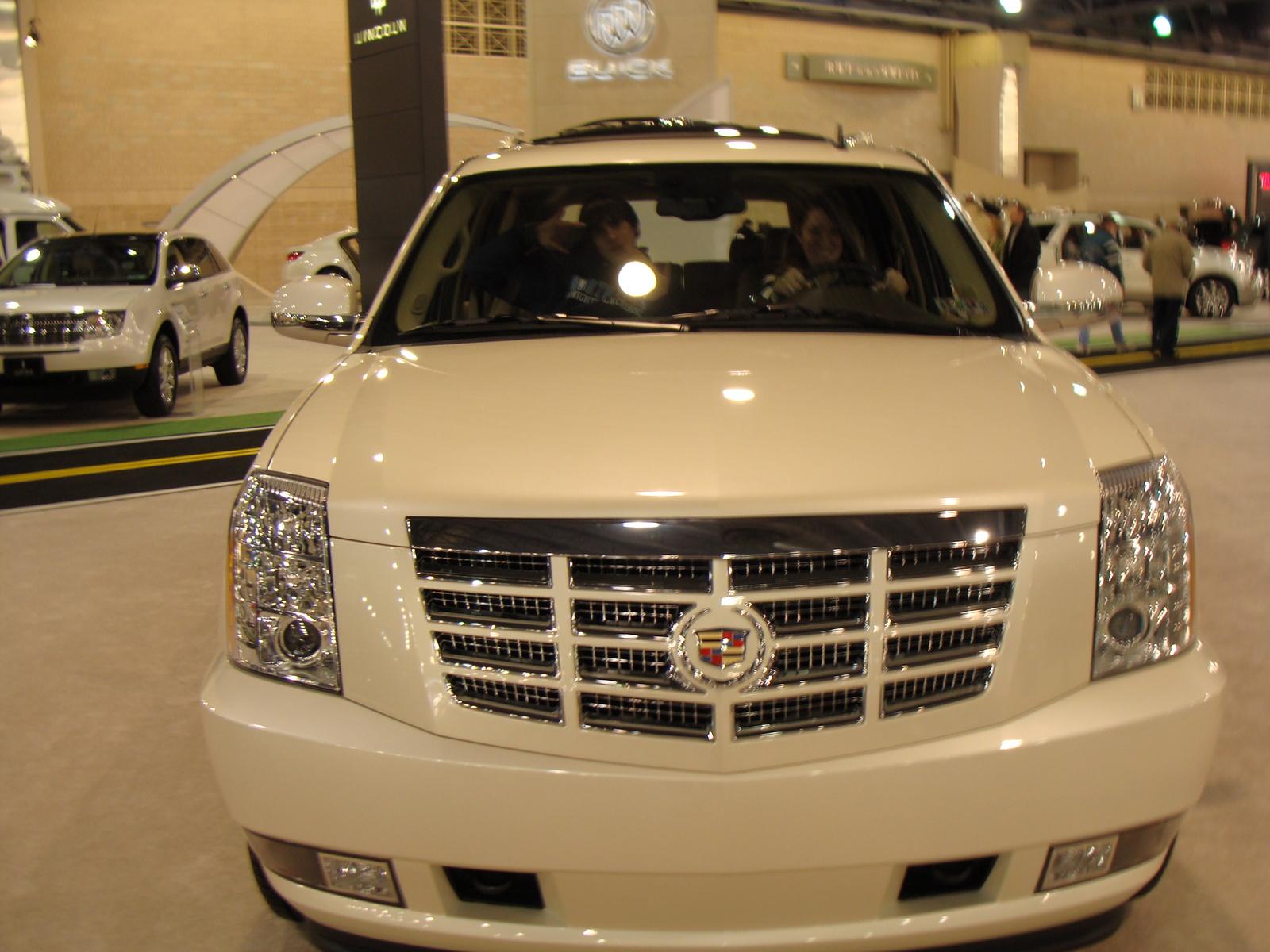 2009 Cadillac Escalade ESV AWD - Pictures - 2009 Cadillac Escalade ...