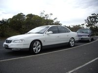 Picture of 2002 Holden Statesman, exterior