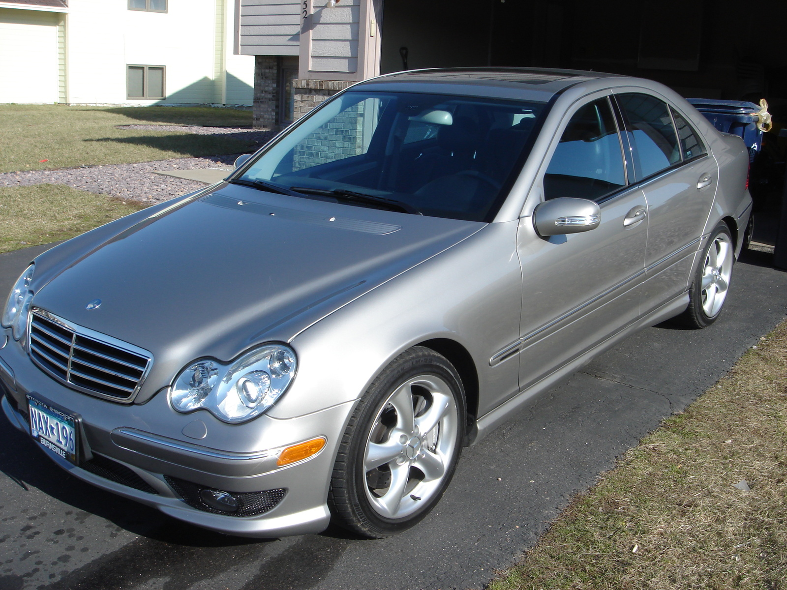 2005 mercedes benz c class pictures cargurus for 2005 mercedes benz suv