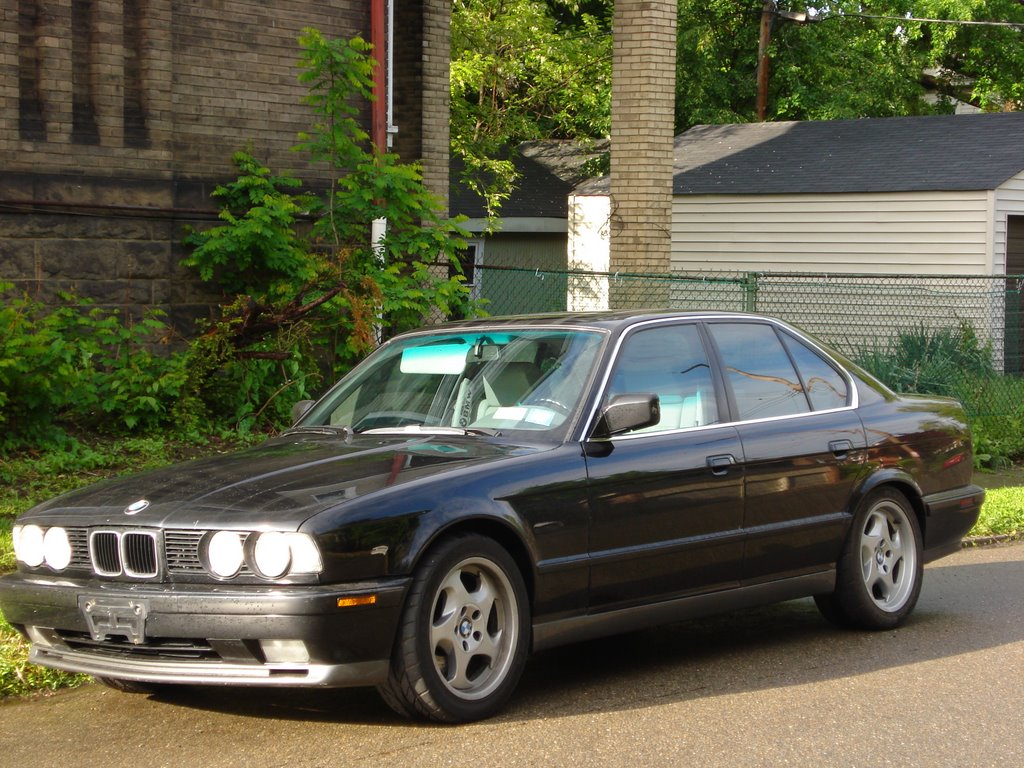 Feature Flashback: 1991 BMW M5 - MotorTrend