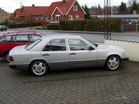 1990 Mercedes-Benz 280 Overview