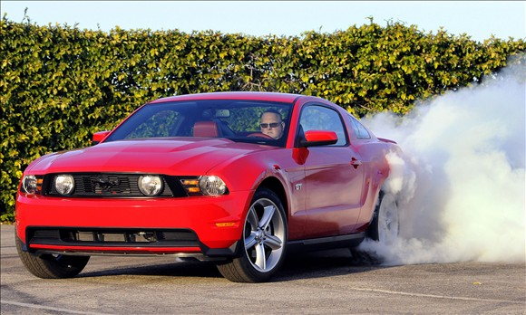 Picture of 2010 Ford Mustang GT Premium