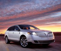 2010 Lincoln MKT, Front Right Quarter View, exterior, manufacturer