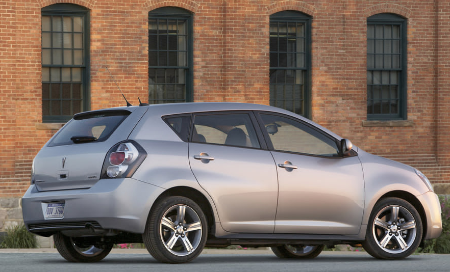 2010 Pontiac Vibe, Back Right Quarter View, manufacturer, exterior