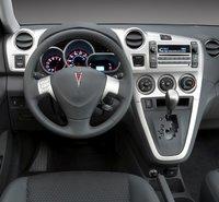 2010 Pontiac Vibe, Interior Dash View, interior, manufacturer