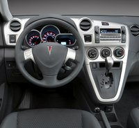 2010 Pontiac Vibe, Interior Dash View, interior, manufacturer