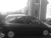 Picture of 2000 Renault Scenic, exterior