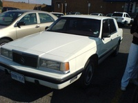 1990 Chrysler Dynasty Overview
