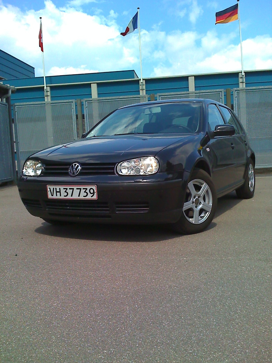 2004 volkswagen golf 2 0 fsi 4motion related infomation specifications weili automotive network. Black Bedroom Furniture Sets. Home Design Ideas