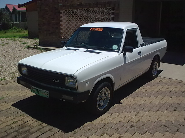 Picture of 1990 Nissan Pickup