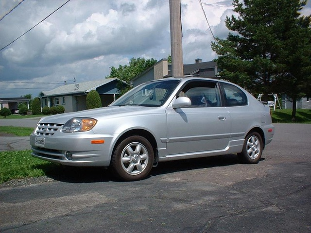 Picture of 2003 Hyundai Accent