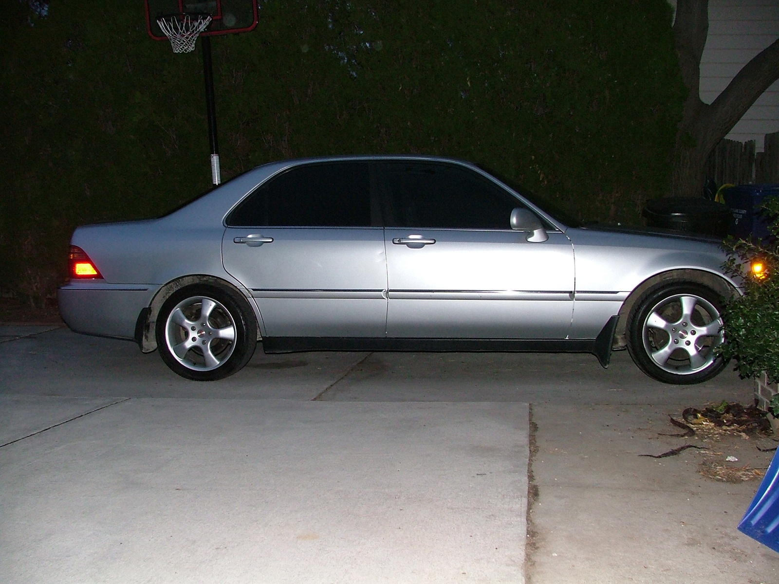 2000 acura rl 3 5l with new wheels exterior. Black Bedroom Furniture Sets. Home Design Ideas