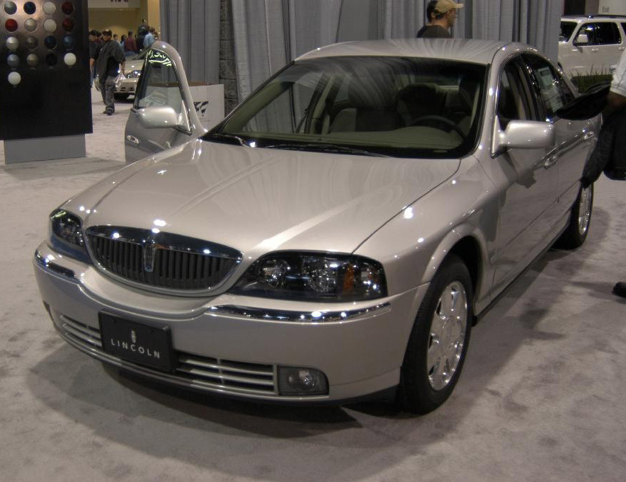 2004 Lincoln Ls - Overview