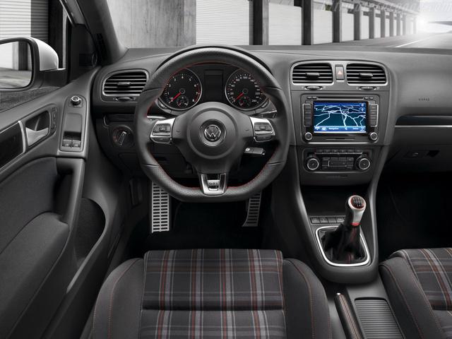 Superior Picture Of 2009 Volkswagen GTI 2.0T 4 Door FWD, Interior, Gallery_worthy