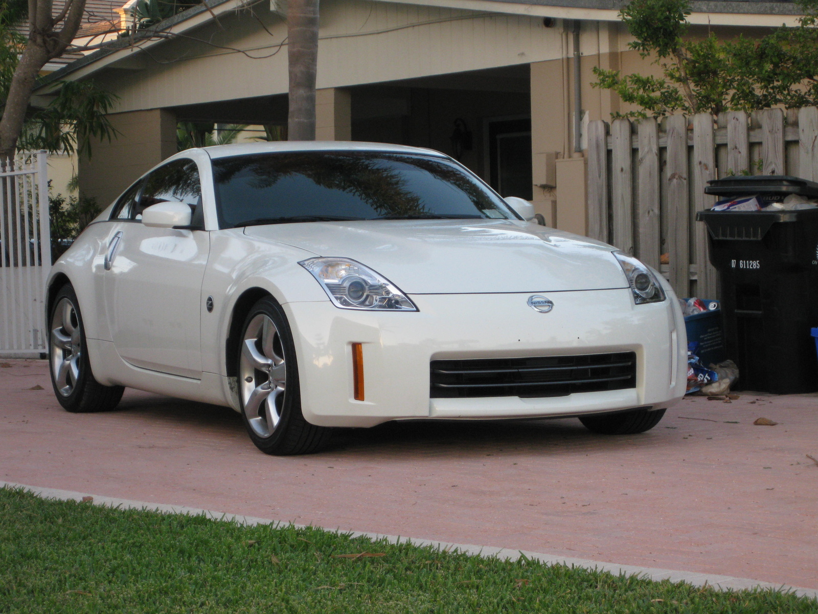 2008 nissan 350z exterior pictures cargurus. Black Bedroom Furniture Sets. Home Design Ideas