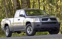2009 Mitsubishi Raider, Front Right Quarter View, exterior, manufacturer, gallery_worthy