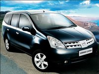 2009 Nissan Grand Livina Overview
