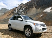 2009 Suzuki Grand Vitara, Front Right View, exterior, manufacturer