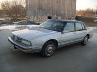 1990 Oldsmobile Ninety-Eight 4 Dr Regency Brougham Sedan picture, exterior