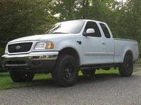 2000 Ford F-150 Overview