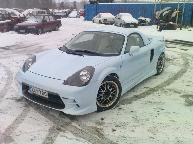 Picture of 2000 Toyota MR2 Spyder