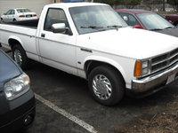 1990 Dodge Dakota Overview