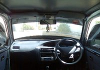 Picture of 2003 Daihatsu Cuore, interior