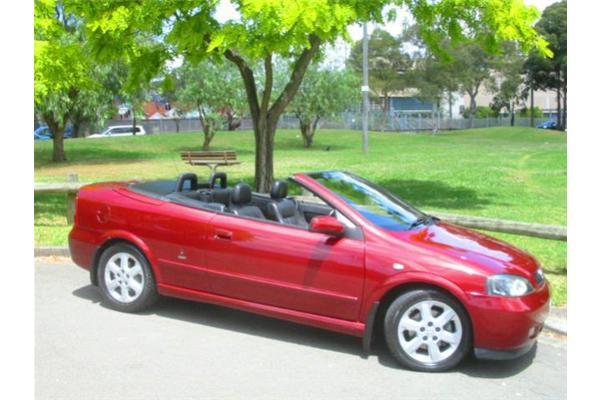 Holden Astra 2009 Sedan. Holden Astra 2002