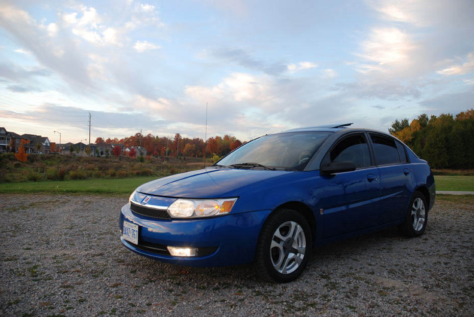 2003 Saturn ION 3 picture