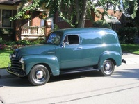 1952 Chevrolet Suburban Picture Gallery