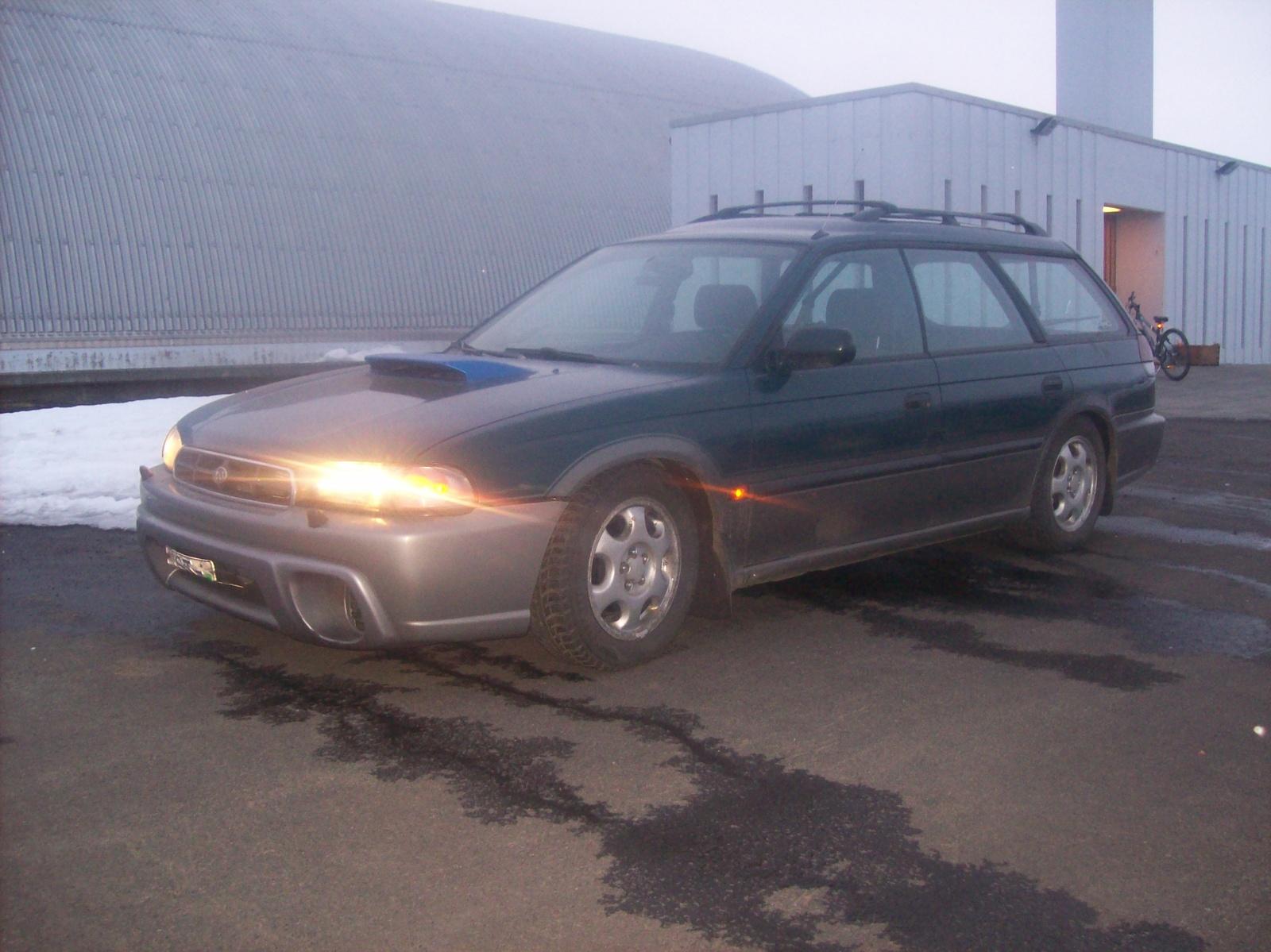 1996 Subaru Legacy 4 dr