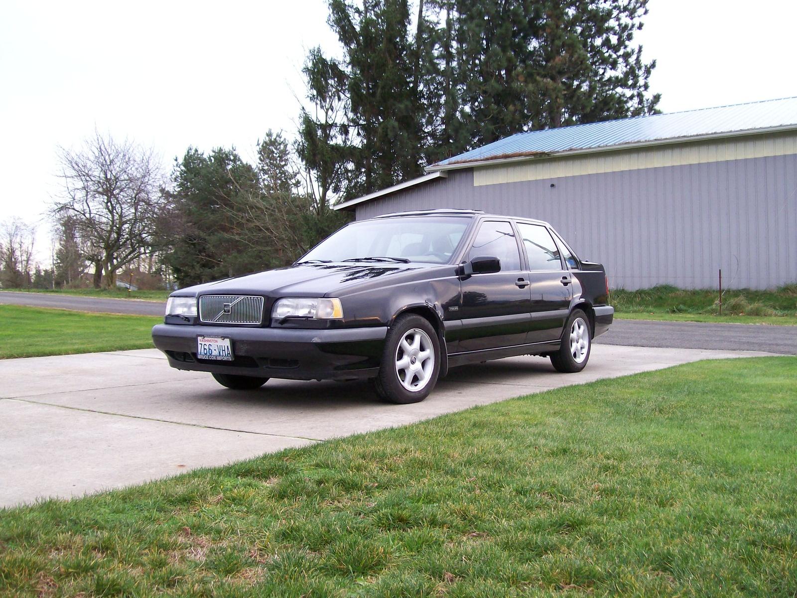 Volvo 850 - Wikipedia