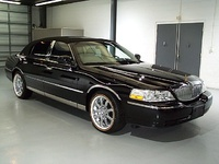 2006 Lincoln Town Car Picture Gallery