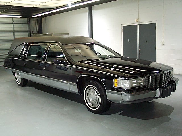 Picture of 1995 Cadillac Fleetwood