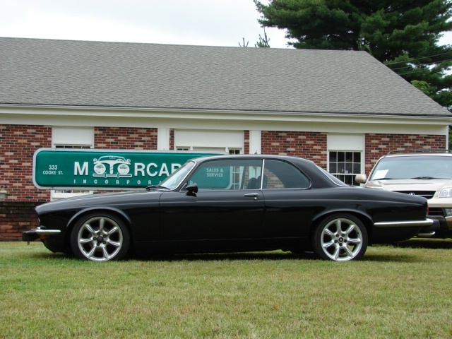 Picture of 1990 Jaguar XJ-Series