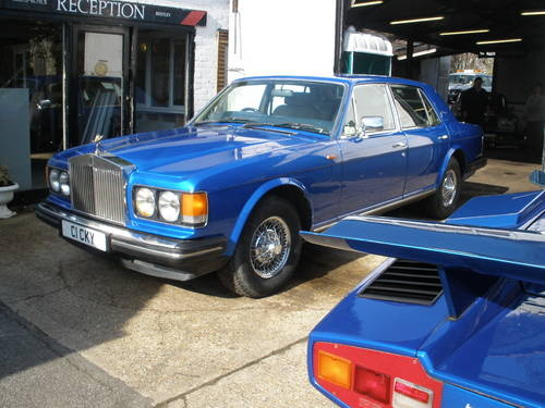Picture of 1998 Rolls-Royce Silver Spirit