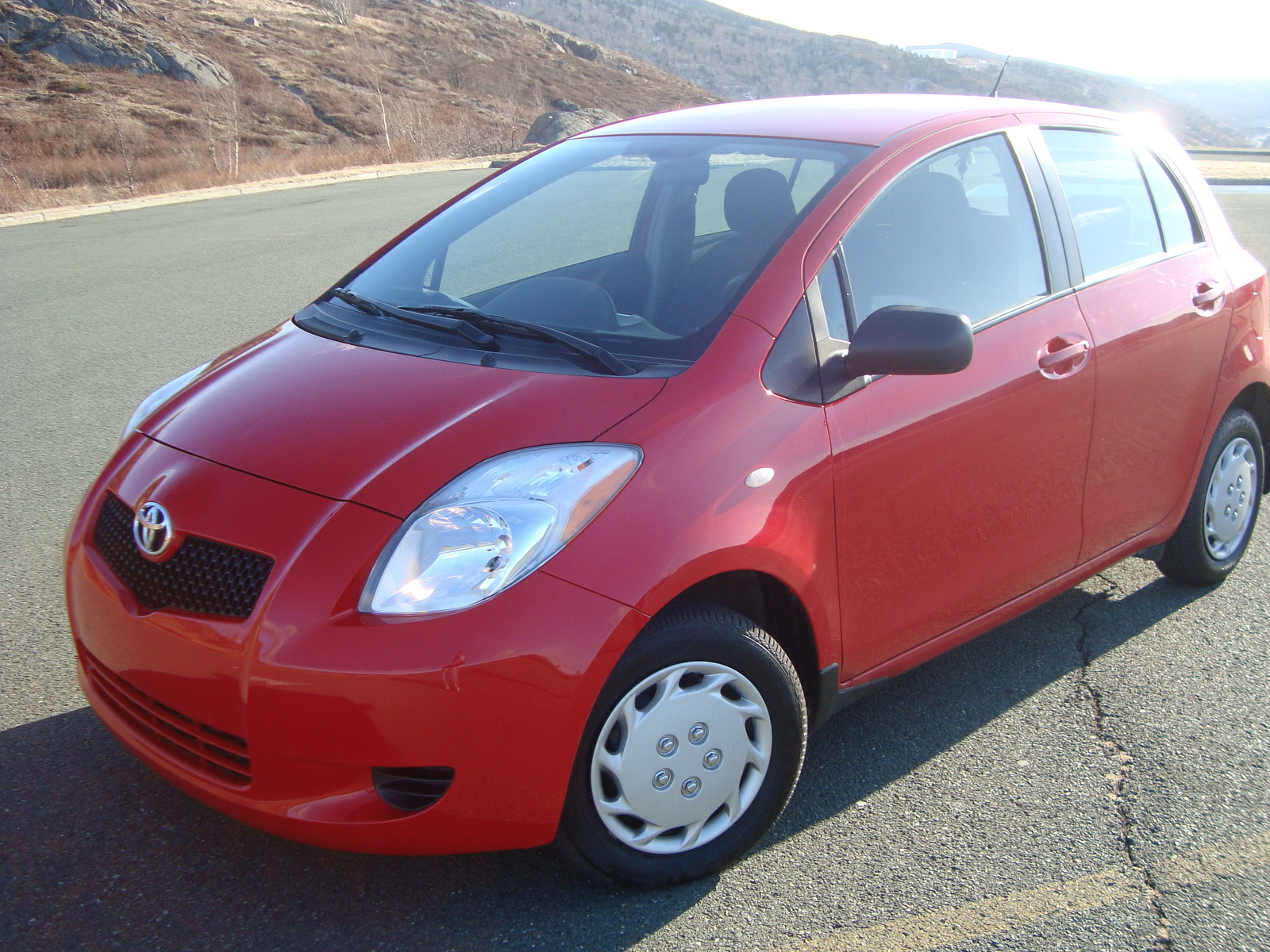 2007 toyota yaris reviews ratings yahoo autos. Black Bedroom Furniture Sets. Home Design Ideas