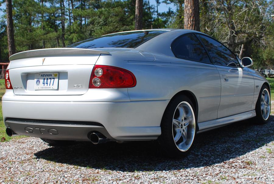 2005 Pontiac Gto. 2005 Pontiac GTO Coupe,
