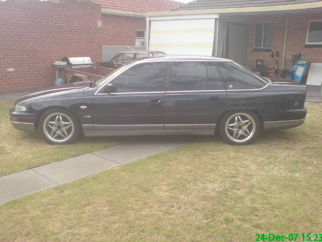 Picture of 1994 Holden Statesman, exterior, gallery_worthy