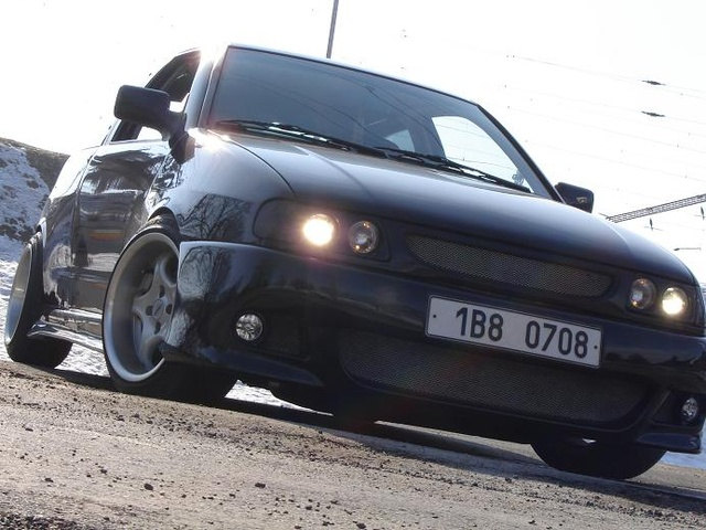 Picture of 1994 Seat Ibiza