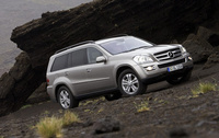 2007 Mercedes-Benz GL-Class GL320 CDI, Front Right Quarter View, exterior, manufacturer
