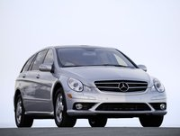 2007 Mercedes-Benz R-Class R320 CDI, Front Right Quarter View, exterior, manufacturer