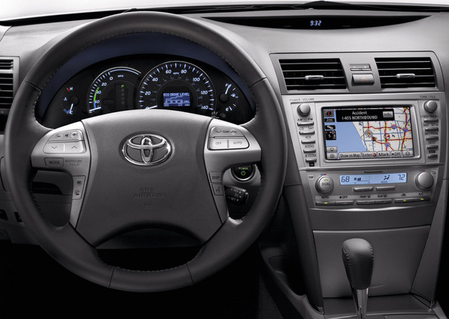 2010 toyota camry overview cargurus. Black Bedroom Furniture Sets. Home Design Ideas