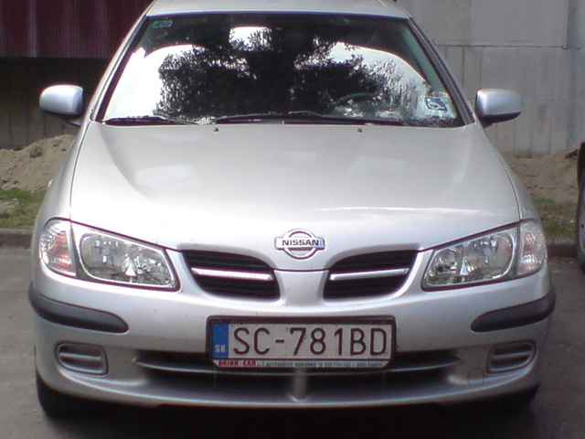 Picture of 2000 Nissan Almera