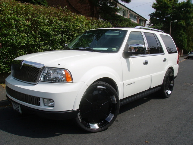 2006 lincoln navigator overview cargurus. Black Bedroom Furniture Sets. Home Design Ideas