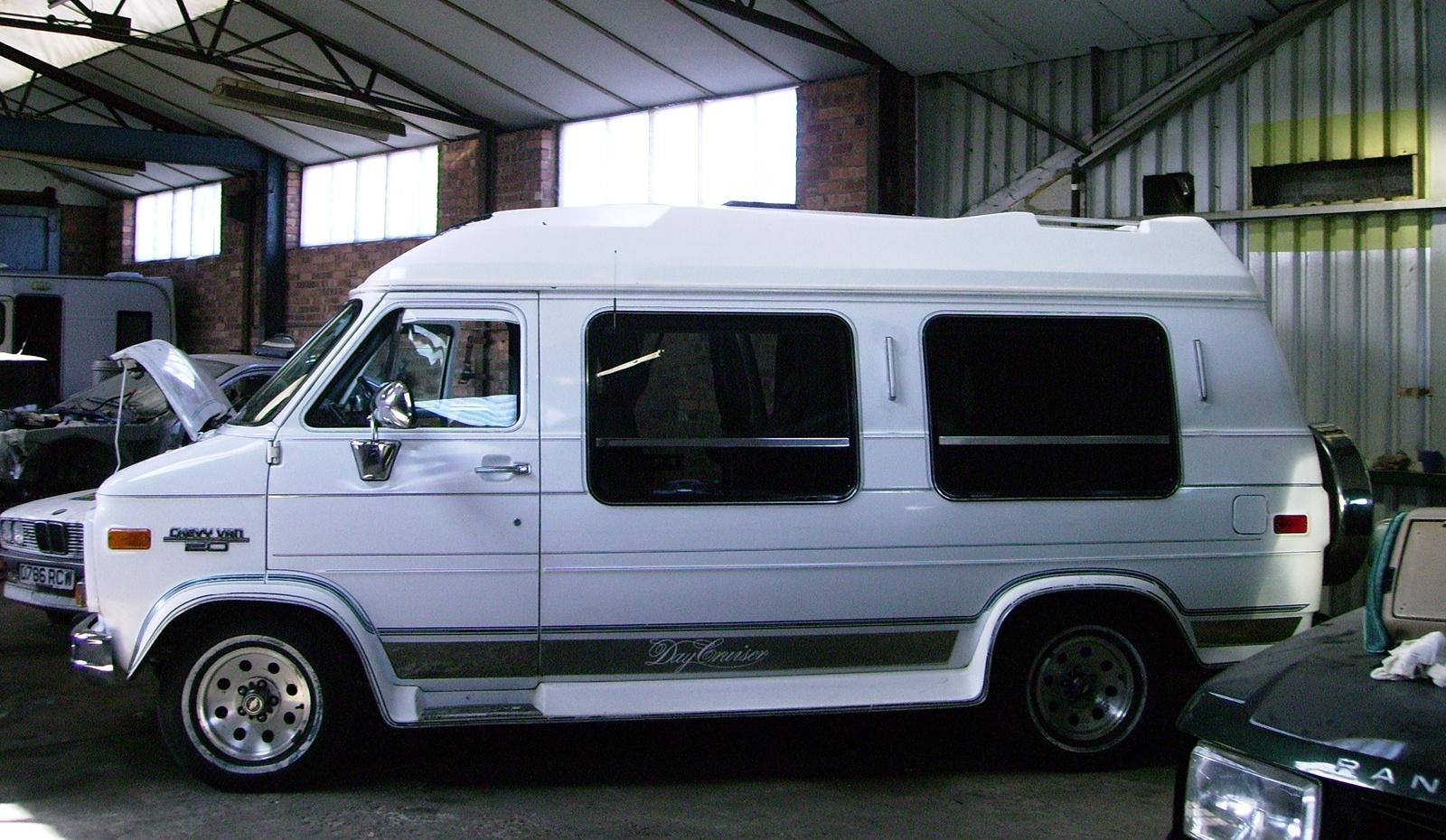 1993 Chevrolet Chevy Van 3 Dr G20 Cargo Van picture, exterior