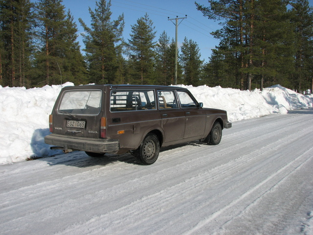 Picture of 1980 Volvo 245